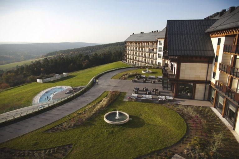 Meubles Hotel Arlamow